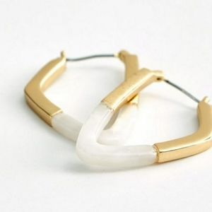 Lucky Brand Gold Geometric Hoop Earrings